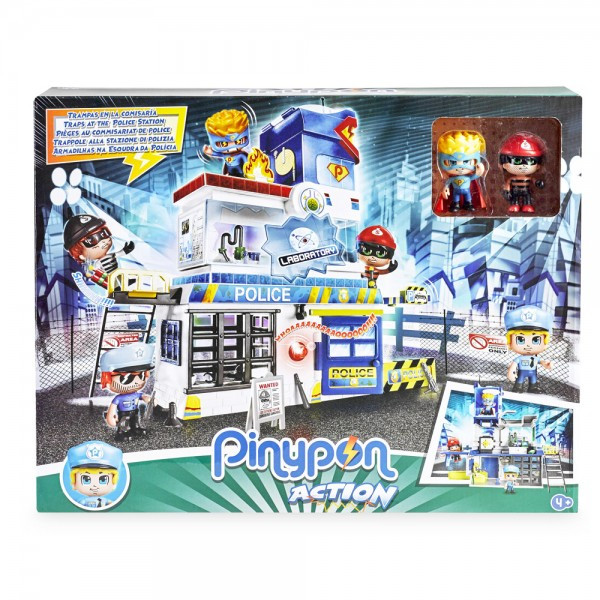 police-station-with-2-characters-2.jpg